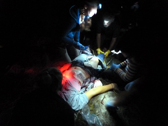 Night-time treatment of a patient with an open pneumothorax ('sucking chest wound')